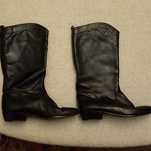 Italian black essential leather boots, calf height